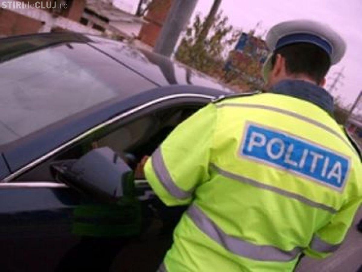 Triplă infracțiune la Cluj. Un șofer a fost prins beat la volan, fără permis și conducând un autoturism furat