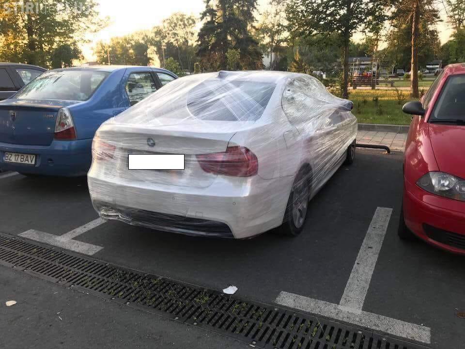 Cluj: Răsplata ANULUI pentru un șofer care a parcat aiurea - FOTO