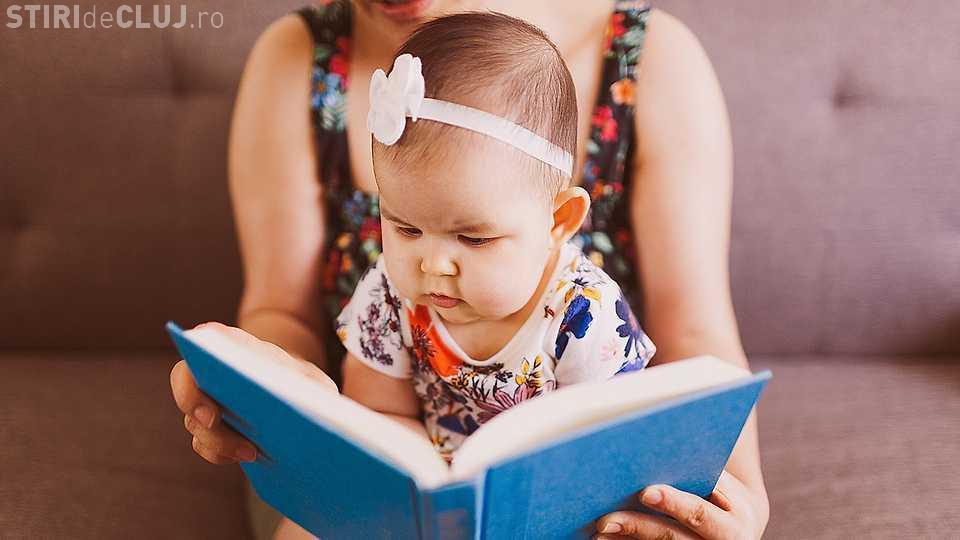 E bine să umbli dezbrăcat în faţa copilului tău? Ce spun experţii