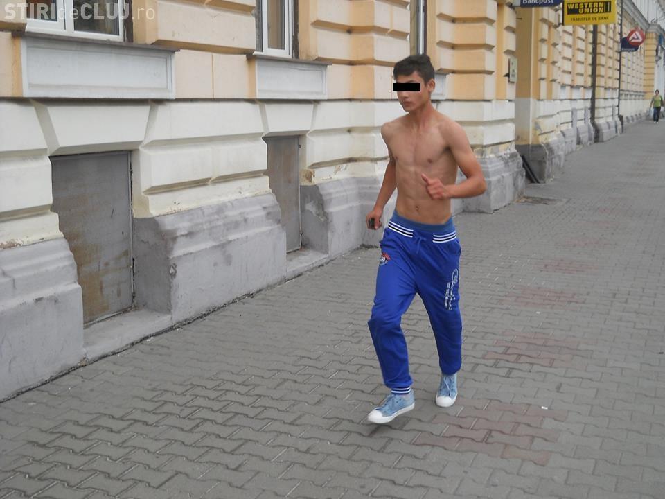 Cluj-Napoca: Tânăr drogat și-a bătut joc de Polițiștii Locali în centrul orașului - FOTO