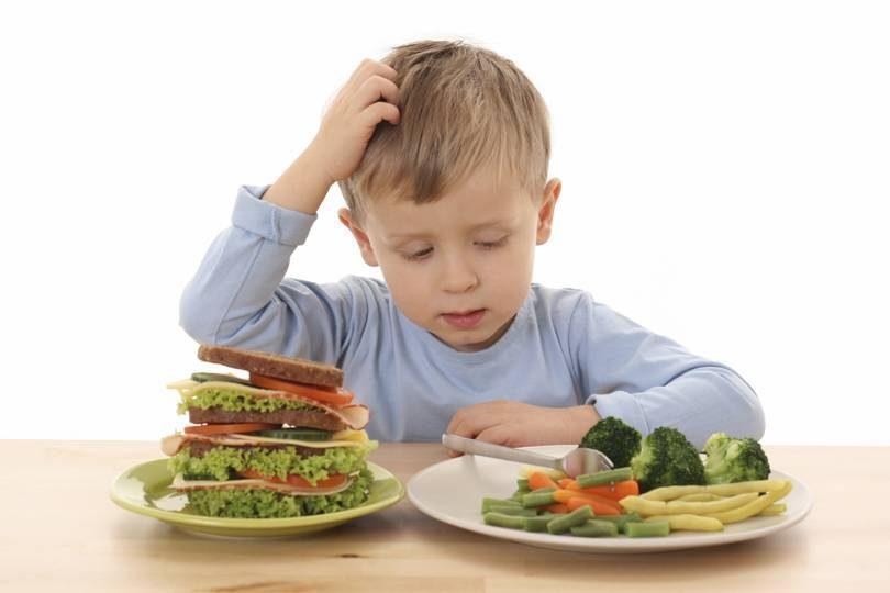 Mihaela Bilic: Copiii au nevoie de cel puțin trei mese pe zi
