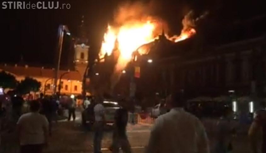 Incendiu în Oradea. Arde Palatul Episcopiei Greco-Catolice din Oradea - VIDEO