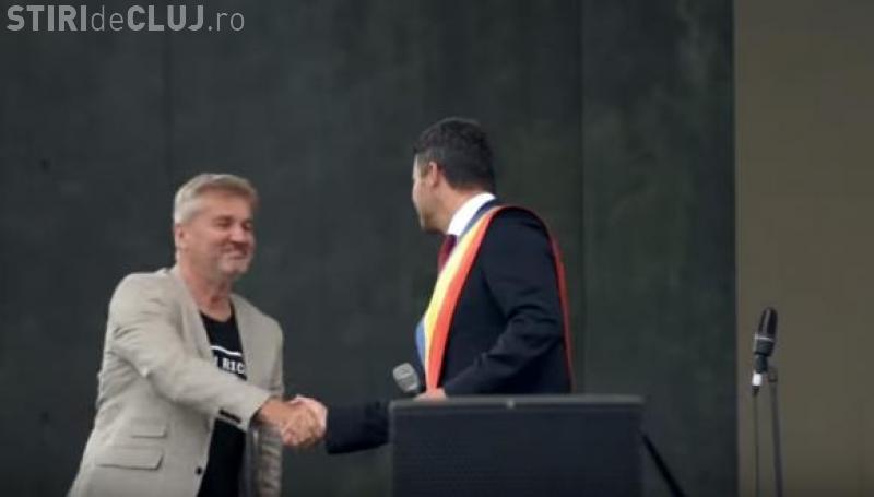 """Holograf donează 11.000 de euro Asociaţiei """"Dăruieşte viaţă"""", care REFUZĂ banii"""