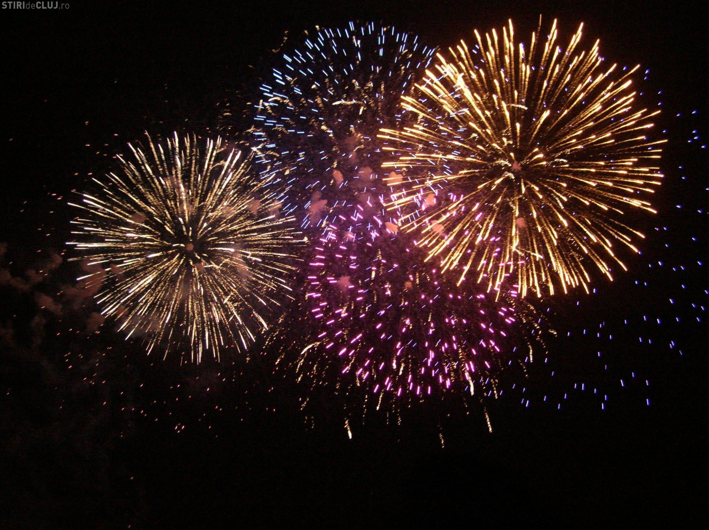 Focuri de artificii ca de Anul Nou la Grad Hotel Italia. Clujenii reclamă deranjul cauzat
