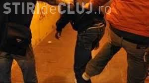Cât de sigure sunt străzile Clujului? Un minor a fost bătut de alți doi adolescenți în Mărăști, pentru un telefon