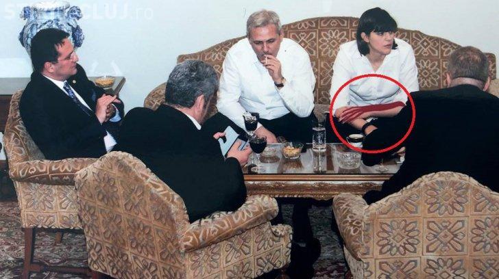 """Amănuntul """"conspirativ"""" pe mâna lui Kovesi. Detaliul din poza prezentată de Ponta"""