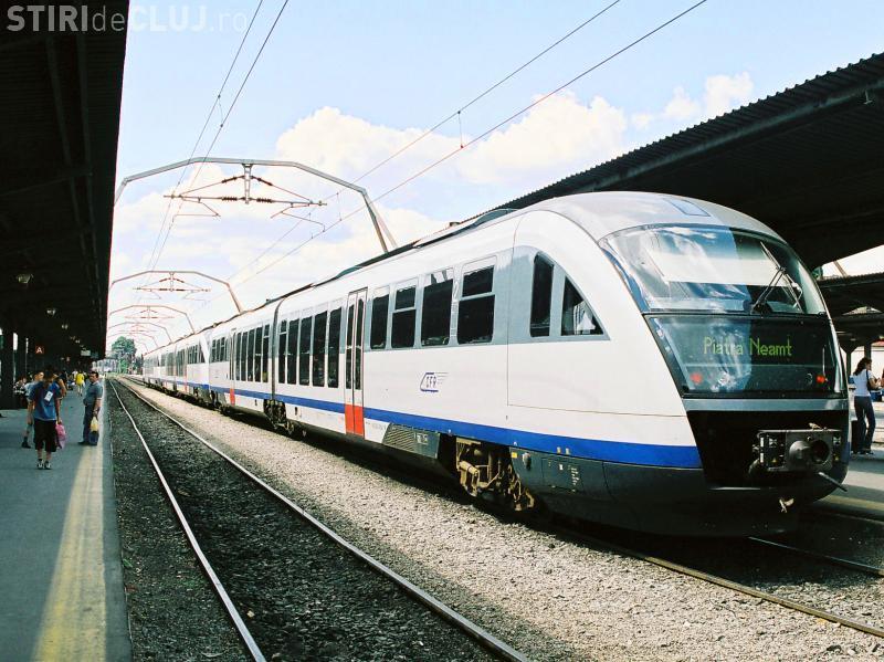 """CFR va cumpăra 100 de trenuri second-hand """"Săgeata albastră"""". Pentru infrastructură se face """"eforuri"""""""