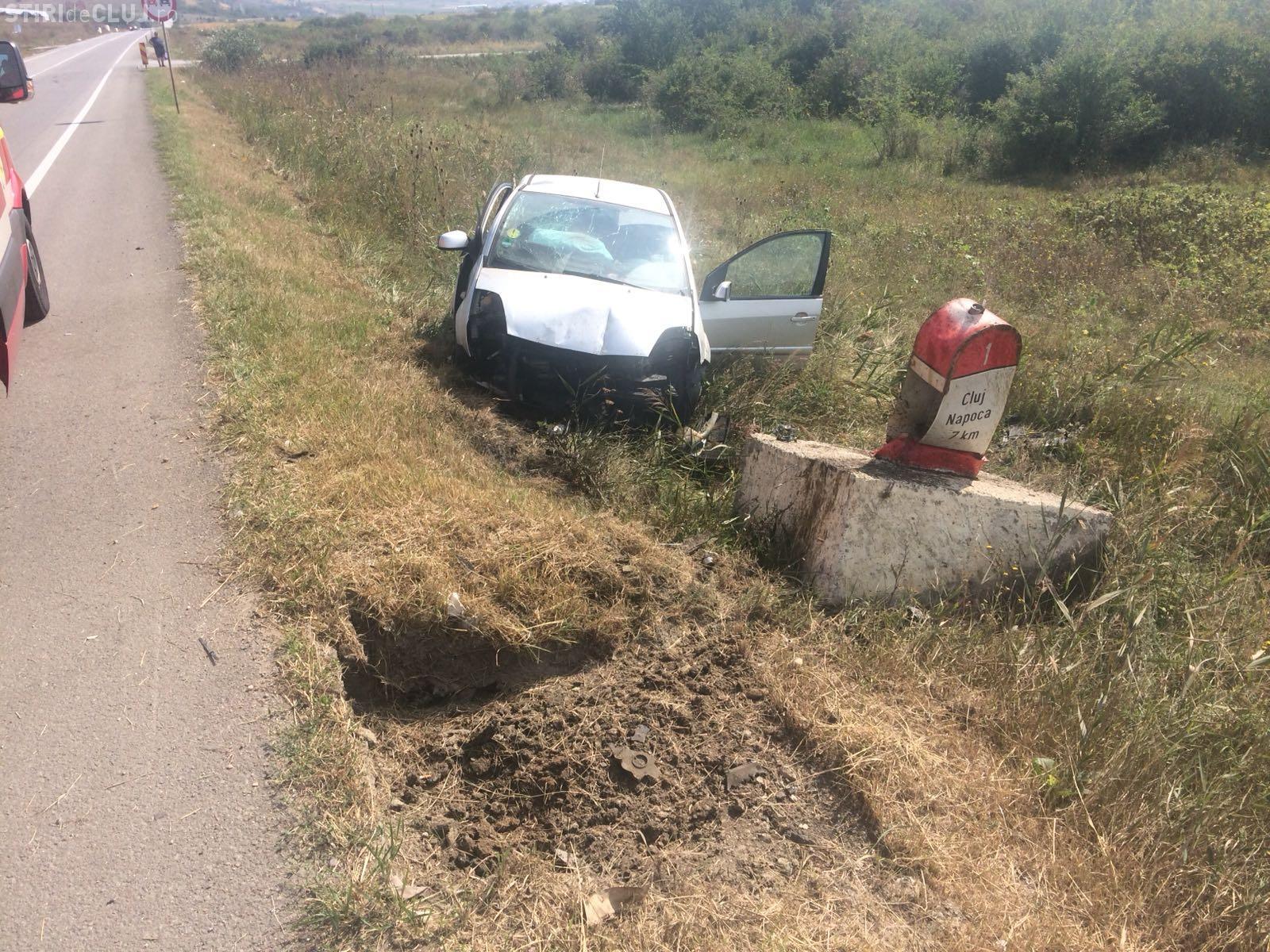 Accident grav pe centura ocolitoare a Clujului. O șoferiță de 18 ani a ajuns la spital