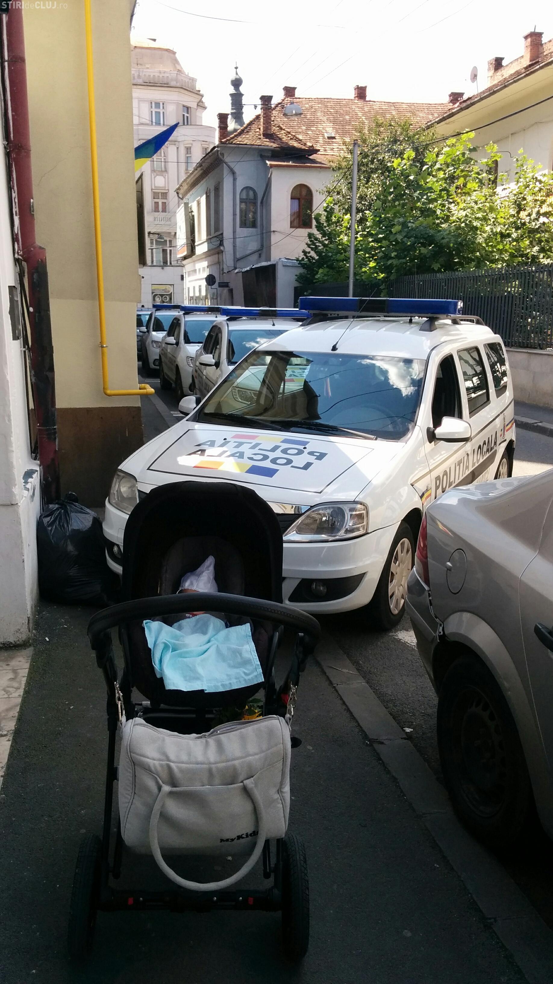"""""""Pe deșteptul ăsta cine îl amendează?"""". Poliția Locală din Cluj-Napoca face ce vrea - FOTO"""
