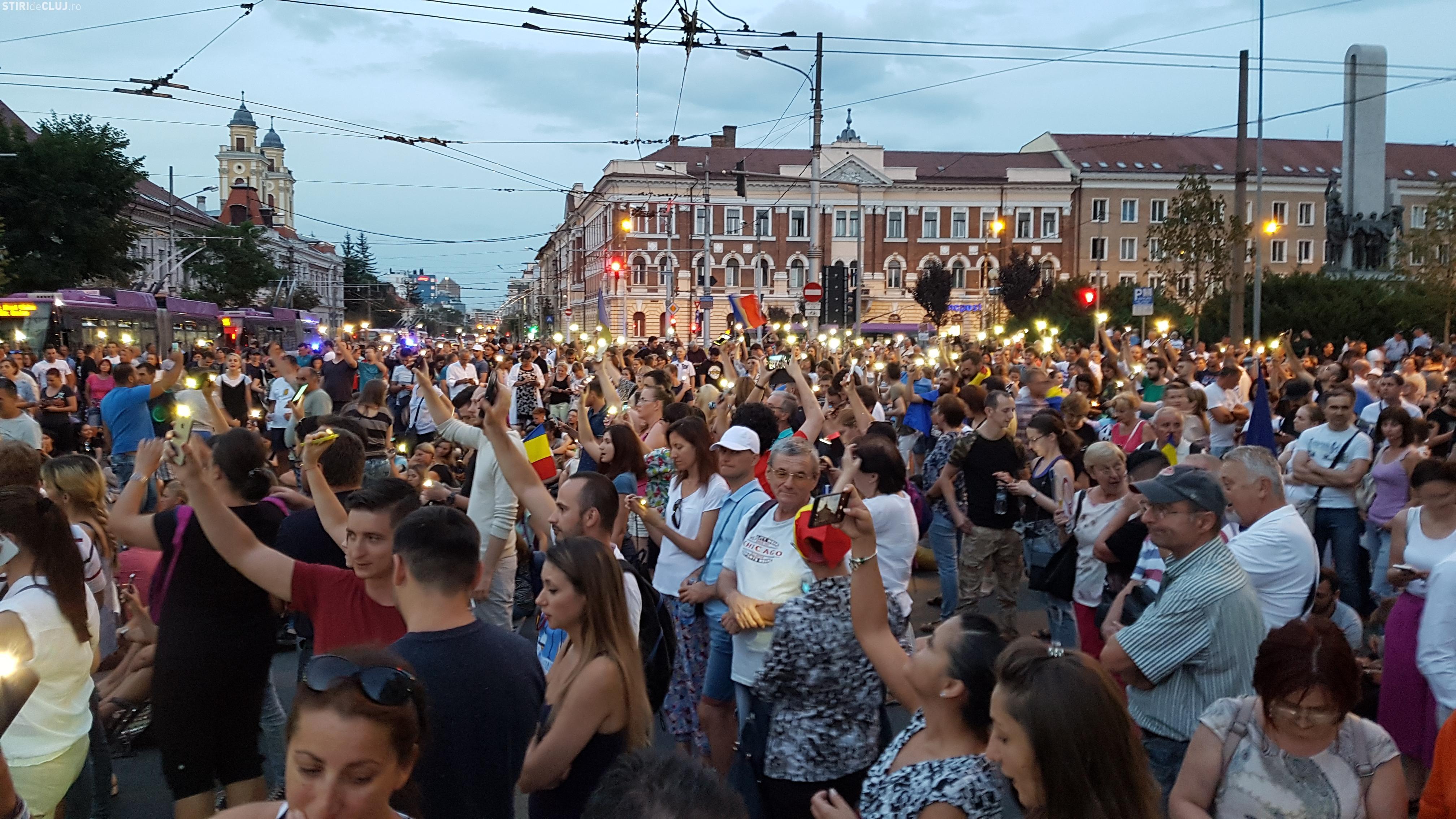 """Protest la Cluj la o lună de la mitingul din 10 August: """"Alaturi de Bucuresti si Diaspora!"""""""