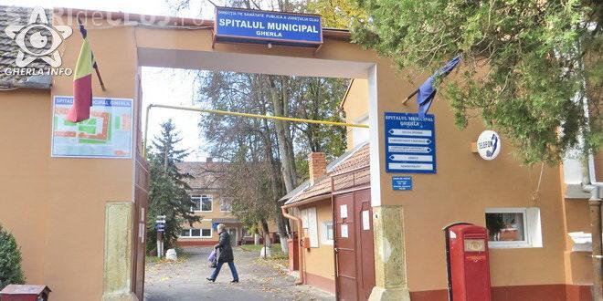Ca și în alte unități, la Spitalul din Gherla pacienții reclamă aroganța medicilor și faptul că întârzie la lucru