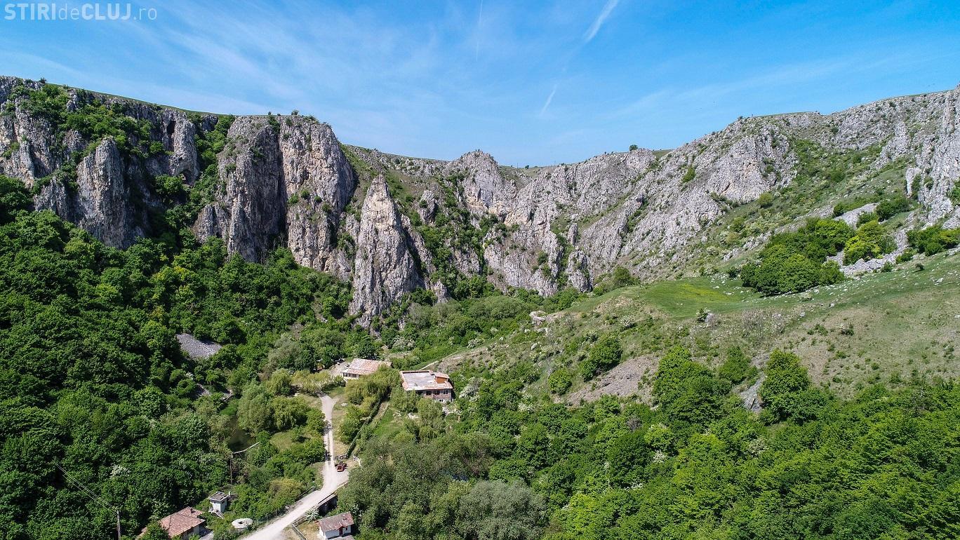 Se deschide traseul de vizitare al defileului Rezervației Naturale Cheile Turenilor - FOTO