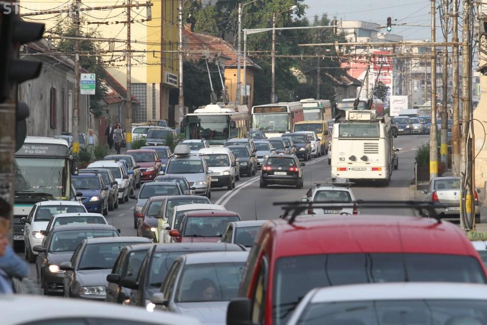 Boc întrebat de ce nu interzice pentru o zi traficul în centrul Clujului. Ce a răspuns?