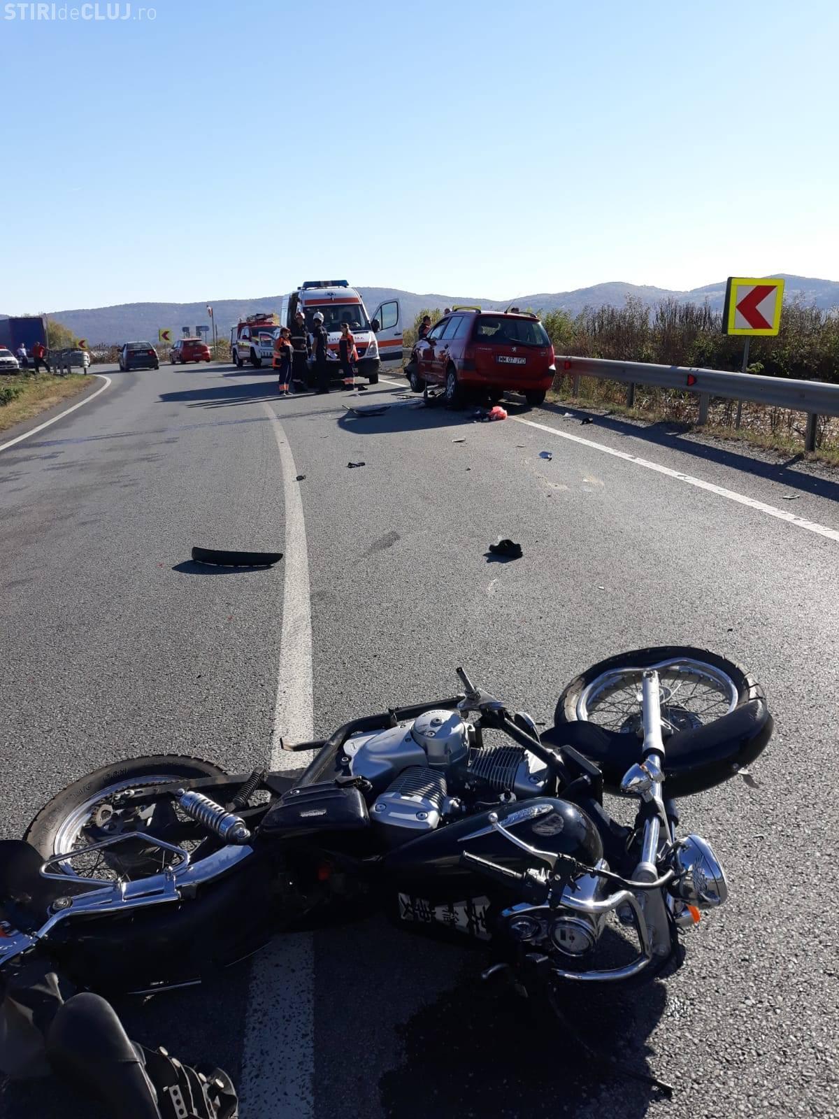 Motociclist mort la Câțcău, după Dej. A intrat sub o mașină, după ce a fost lovit de alt șofer - FOTO