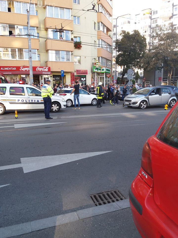 Accident cu trei mașini în Mănăștur FOTO