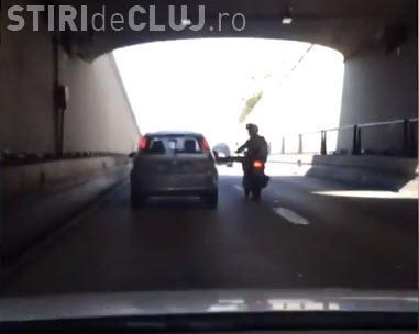 Road rage în trafic! Se răzbună ca proștii și creează probleme - VIDEO