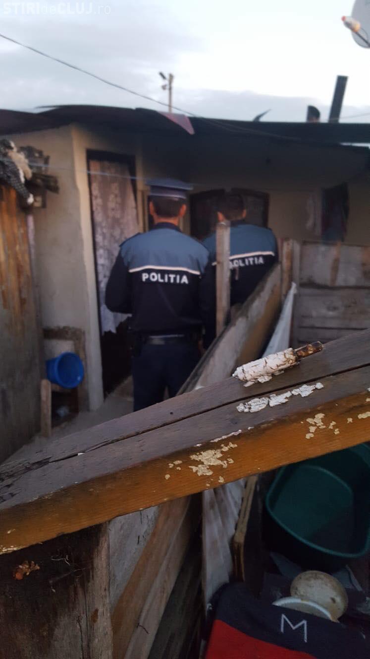 Razie de amploare la Pata Rât. Trei persoane au fost duse la secție FOTO