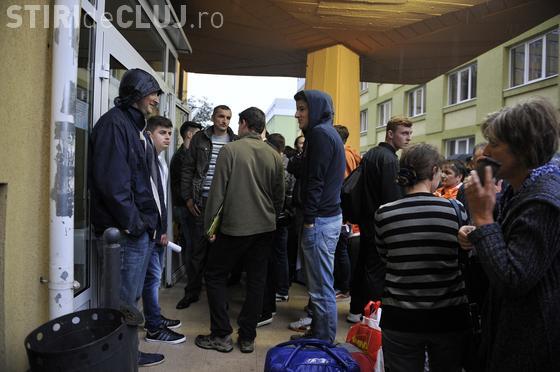 Cluj: Studenții sunt motorul orașului, dar sunt MULȘI de bani pe toate părțile