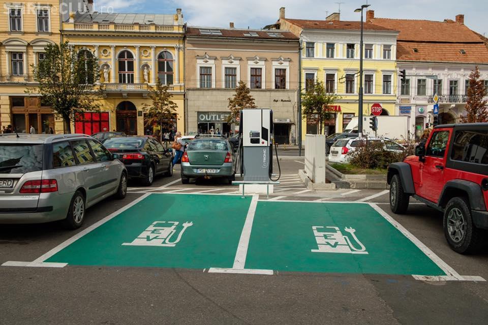 La Cluj-Napoca mașinile electrice se încarcă gratuit, deși cam lipsesc - FOTO