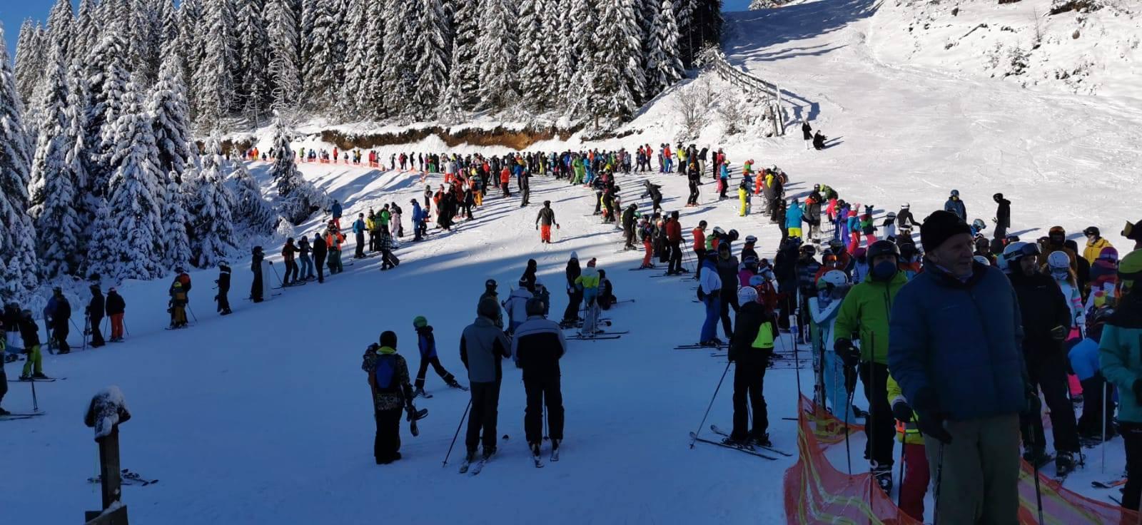 Sporturi de iarnă pentru purtătorii de ochelari de vedere: Atenție pe pârtie!   Blog british-pub.ro