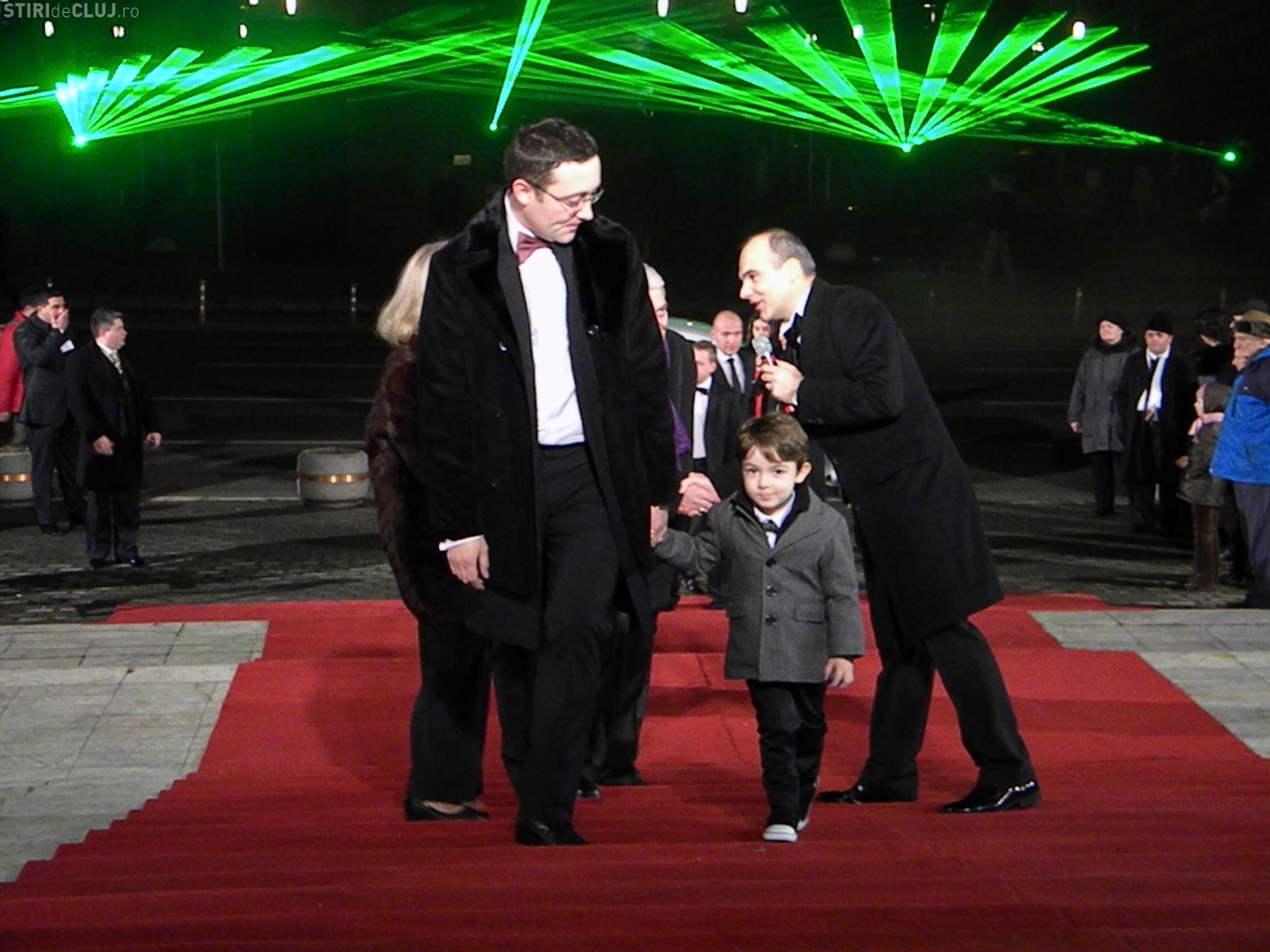 Balul Operei 2011, sosirea invitatilor la Teatrul National - Galerie FOTO