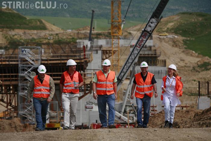 Guvernul Boc isi plateste datoriile la autostrada Transilvania. Bechtel va primi 70 din cei 200 de milioane de euro pe care ii are de recuperat