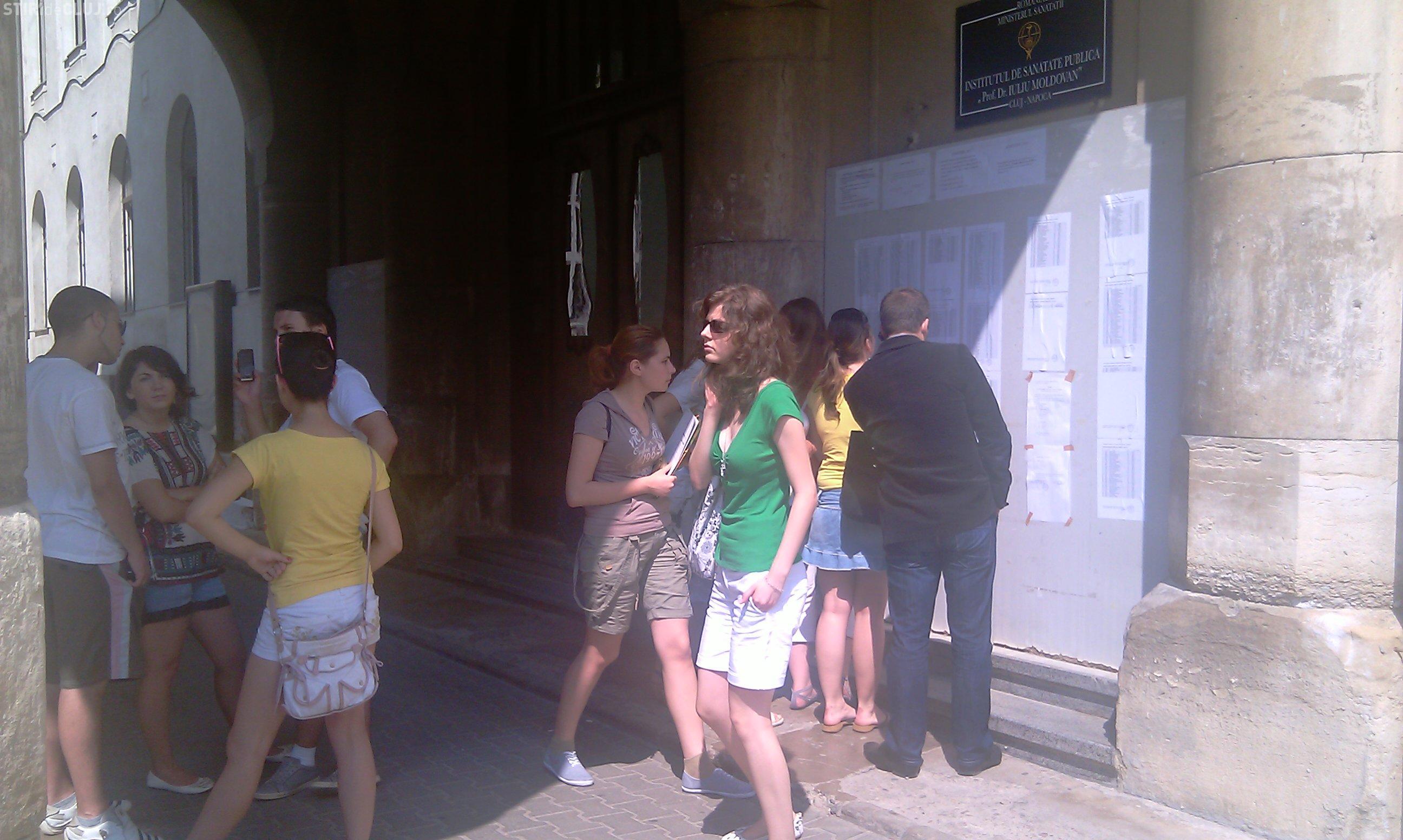 Admitere UMF Cluj: Absolventii de Bac se lupta pe cele 760 de locuri scoase la concurs