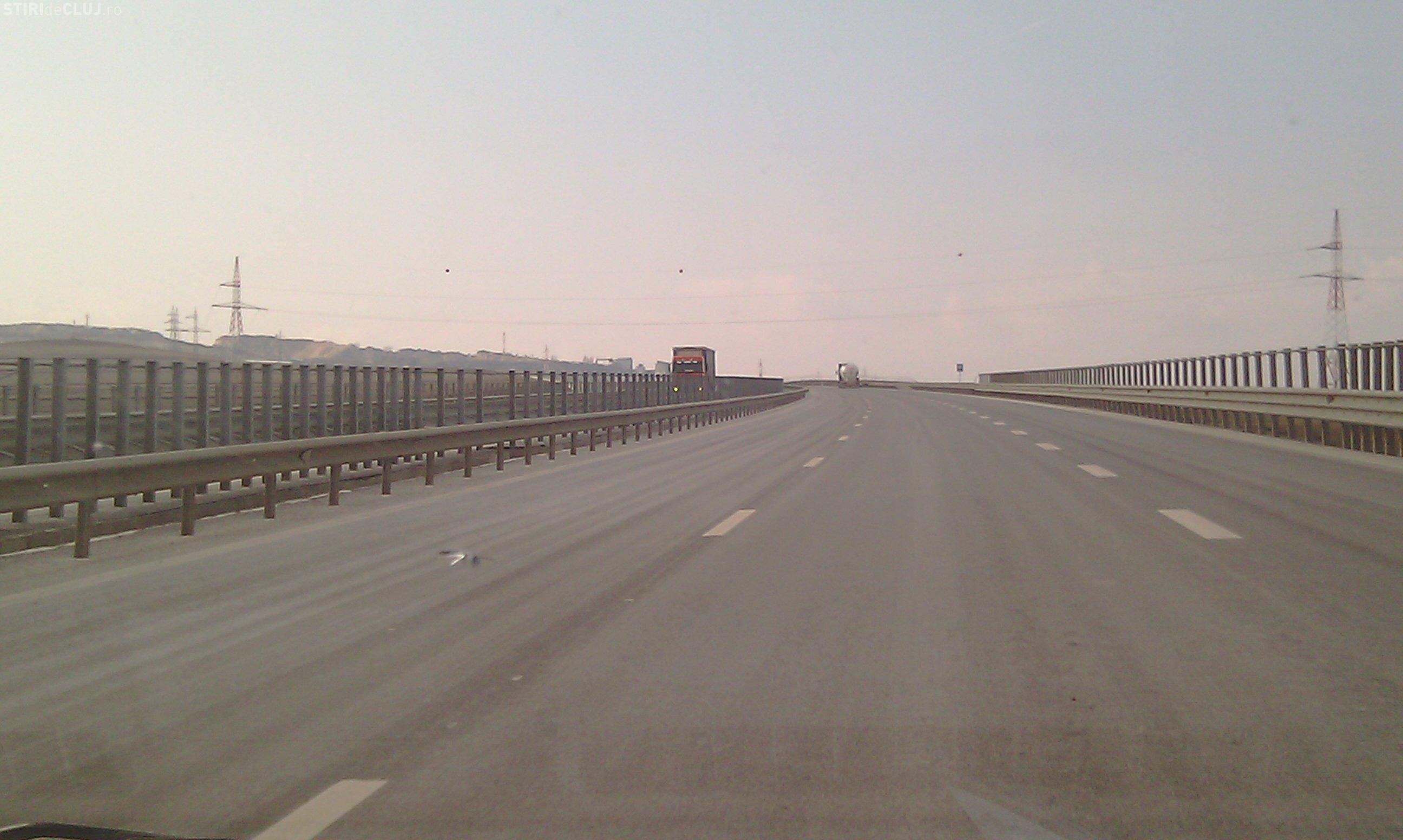 Traficul pe autostrada Transilvania a fost paralizat de o furtuna cu grindina