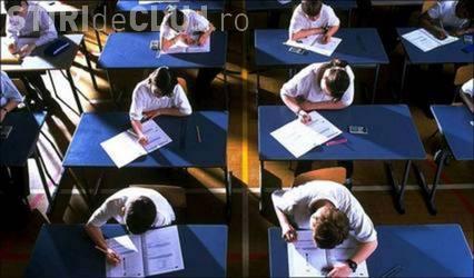 Examenul de competente digitale a fost suspendat in Cluj la Colegiul Anghel Saligny, din cauza grevei profesorilor
