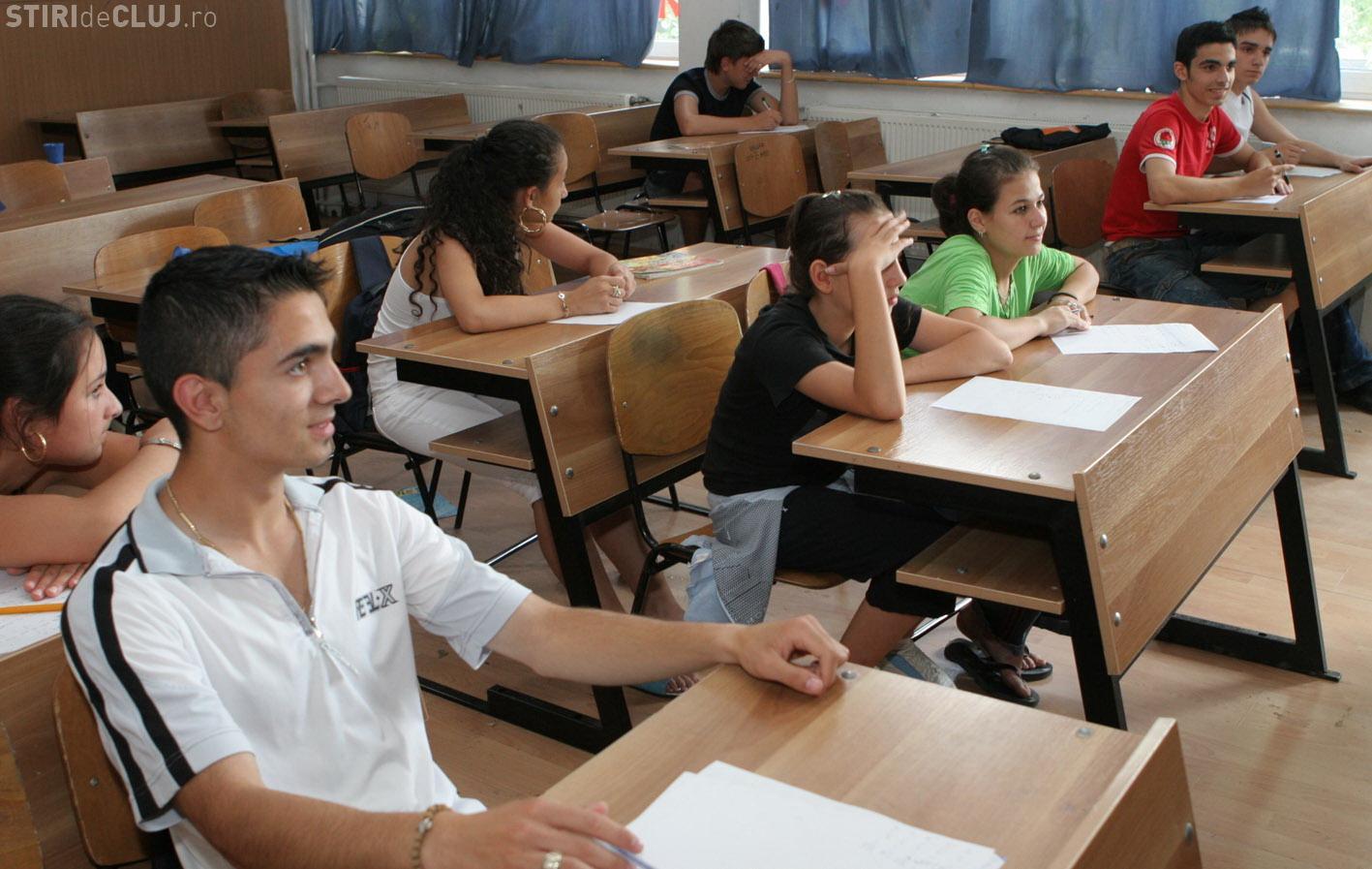32% dintre romani au o parere buna despre invatamantul romanesc! Vezi alte procente dintr-un sondaj IRES