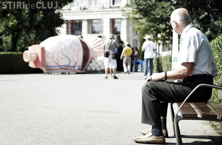 O prostata gigant, de 600 de kilograme si 6 metri lungime, poate fi vazuta la Iulius Mall Cluj FOTO