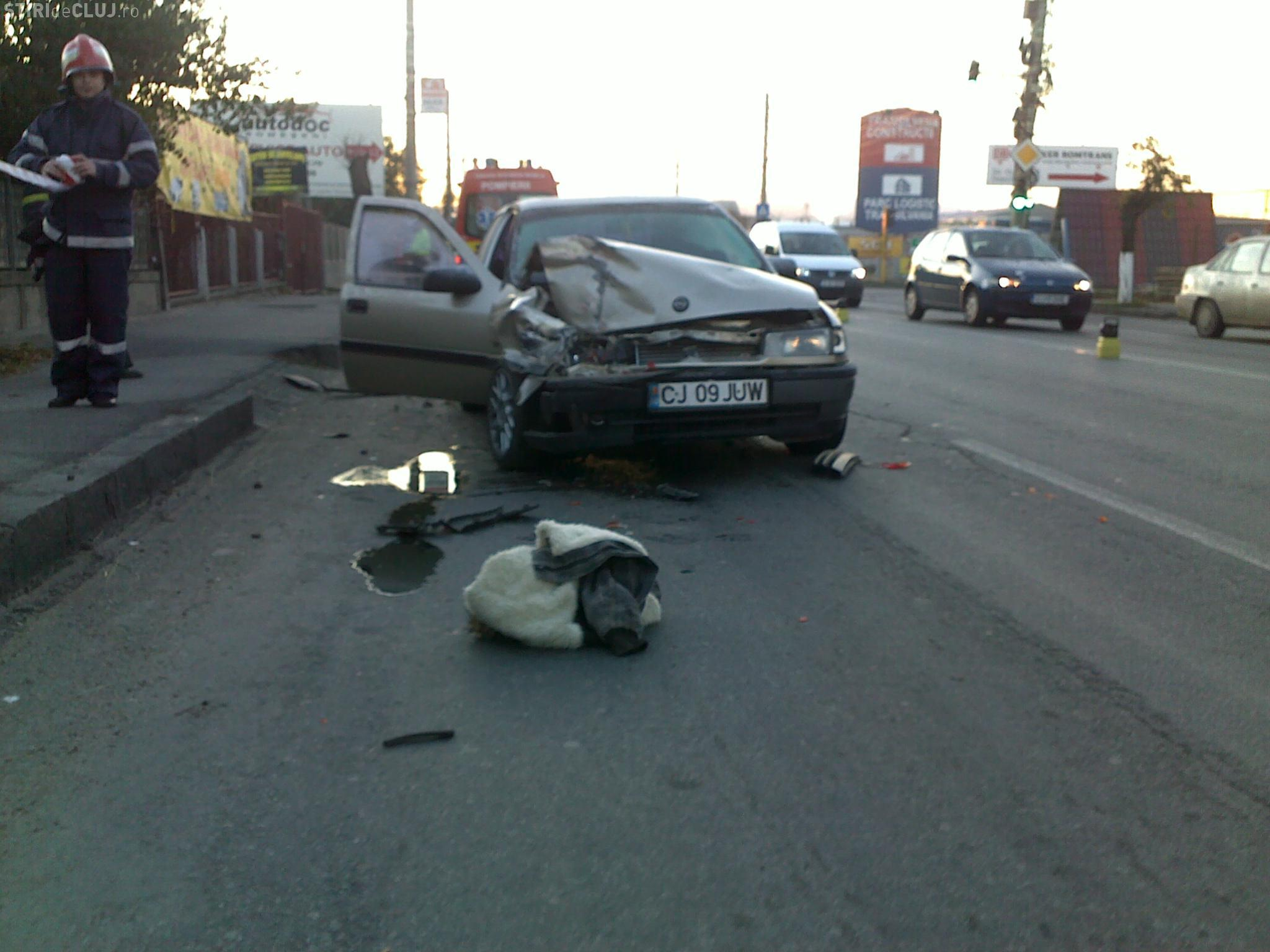 Accident pe Traian Vuia, langa Ambient VIDEO