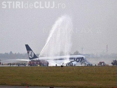 """Cum a aterizat un Boeing 767 pe """"burta"""" la Varsovia VIDEO"""