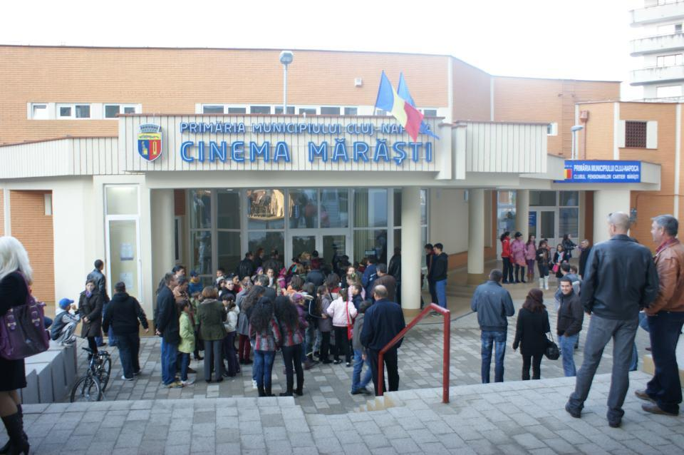 Spectacol de colinde la Cinema Marasti, marti, 20 decembrie