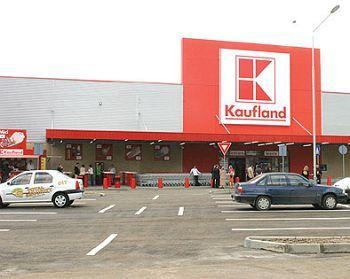 Kaufland Cluj, amendat cu 30.000 de lei pentru produse neetichetate si fara termen de expirare