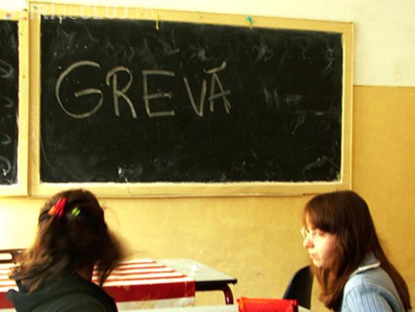 60% dintre profesorii clujeni au intrat astazi in greva, dupa ce multi au cedat in urma presiunilor ISJ Cluj!