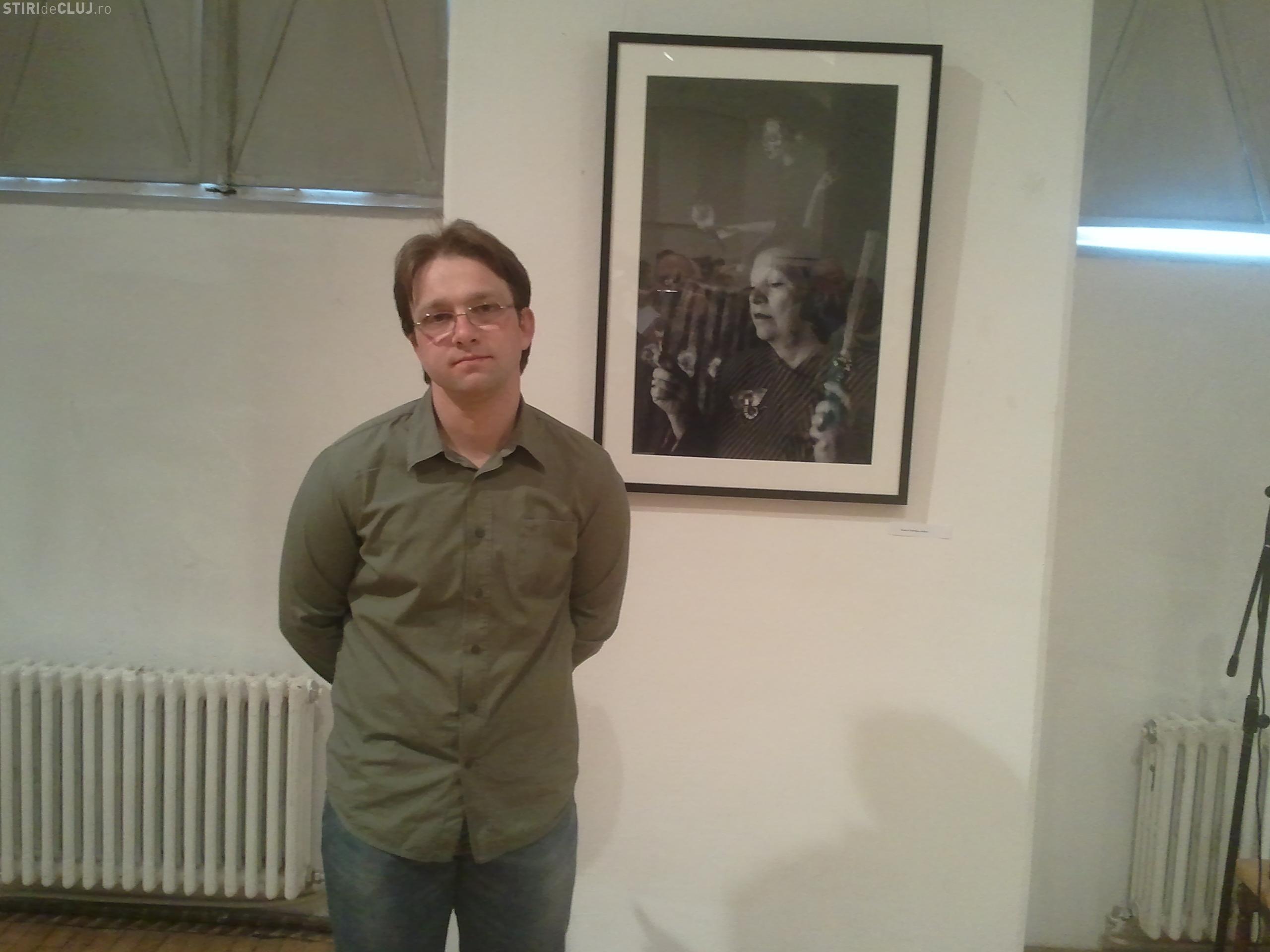 Raul Stef, fotograful ce lucreaza pentru cele mai mari publicatii din lume a expus Muzeul de Arta Cluj-Napoca FOTO