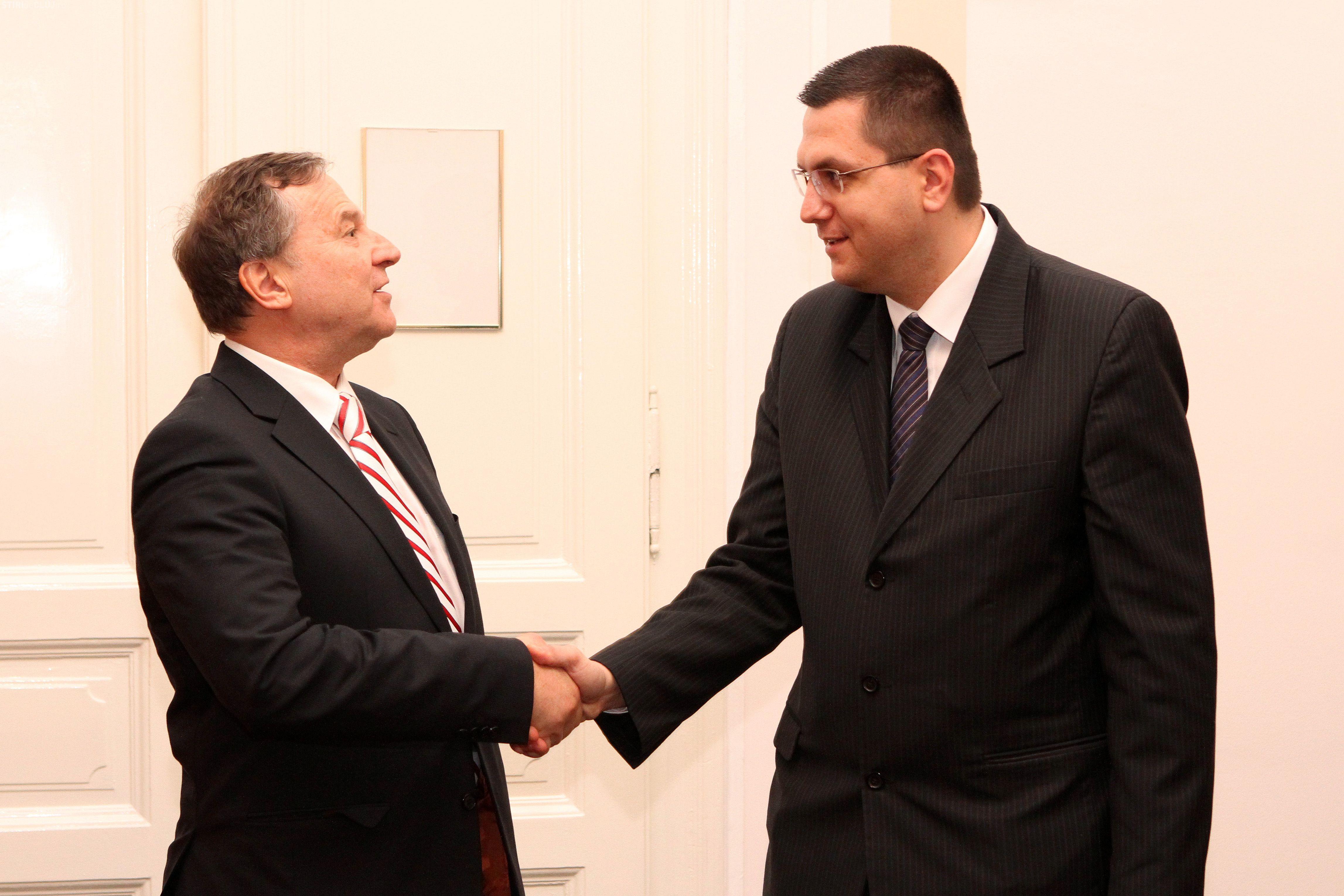 Ambasadorul Austriei in Romania, Michael Schwarzinger, impresionat de cati turisti romani viziteaza Austria