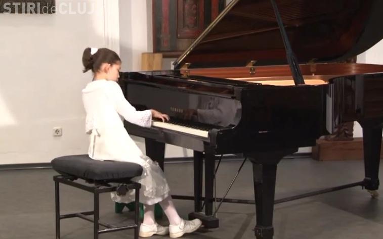 "O eleva din Cluj, calificata in finala la concursul de pian ""Concours International de France"" VIDEO"