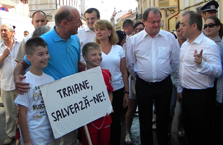 Traian Băsescu: Mihai Răzvan Ungureanu poate fi un candidat pentru prezidenţiale în 2014