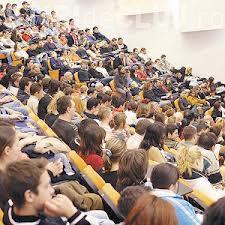 Finanţarea educaţiei, democraţia în mediul academic şi angajabilitatea sunt proprităţile studenţilor clujeni şi din România