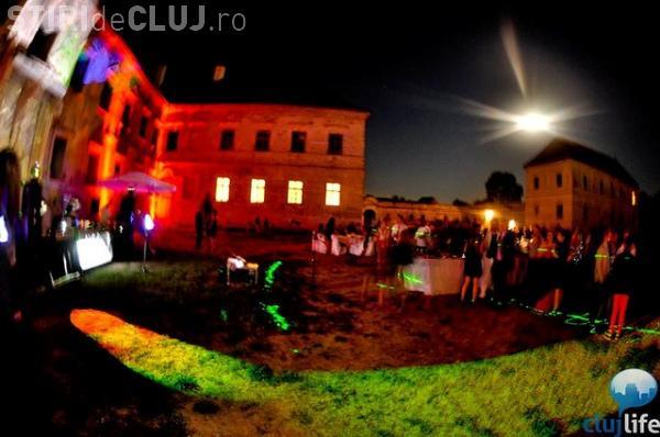 Jocuri inedite de lumini la Castelul Bánffy din Bonţida FOTO