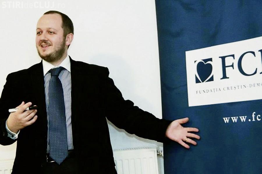 """Adrian Papahagi susține că nu i-a făcut """"borfași"""" pe românii care au votat la referendum VIDEO"""