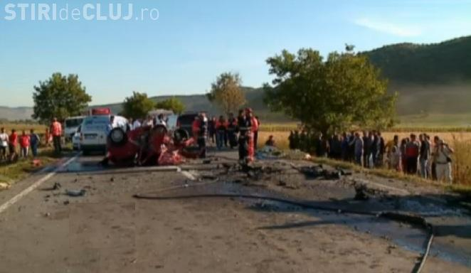Accident cu cinci morți în Mureș! O șoferiță a intrat cu mașina sub un Q7