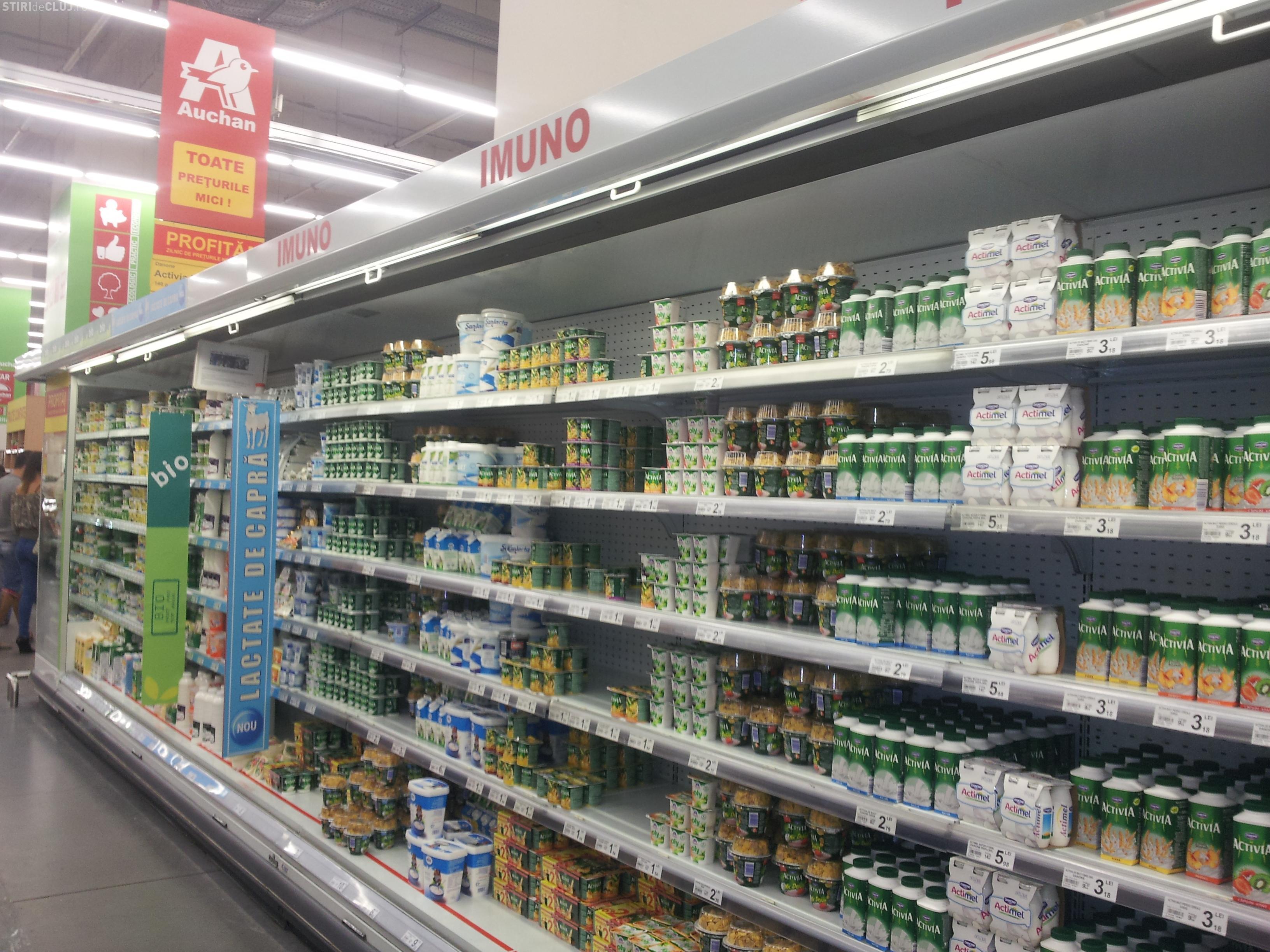 Produse Danone expirate, pe rafturi la Auchan FOTO