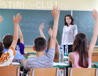 Deputatul Petru Călian le cere miniștrilor Educației și Protecției Sociale plata burselor sociale către elevi în fiecare lună