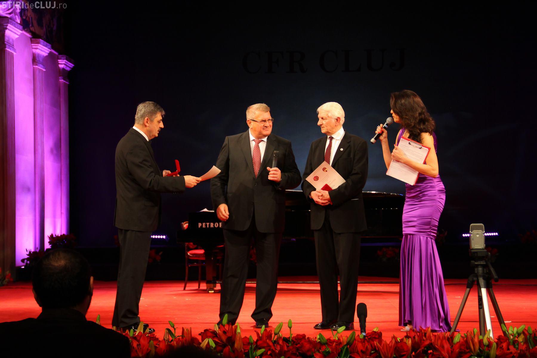 Moment de normalitate! Iuliu Mureșan și Remus Câmpeanu s-au pupat și au dat mâna bărbătește - FOTO