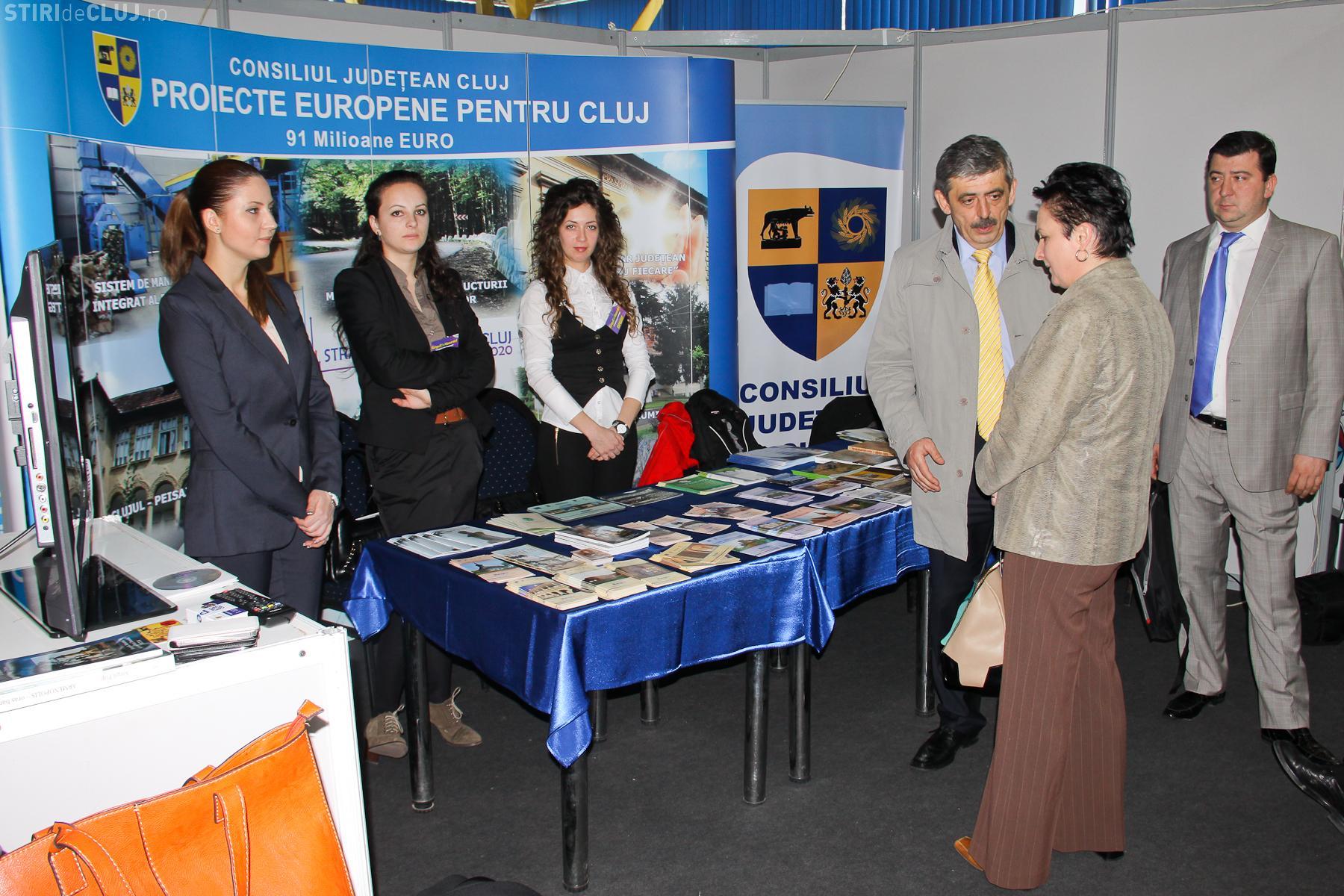 Horea Uioreanu și-a mutat biroul la Târgul de Vacanțe 2013