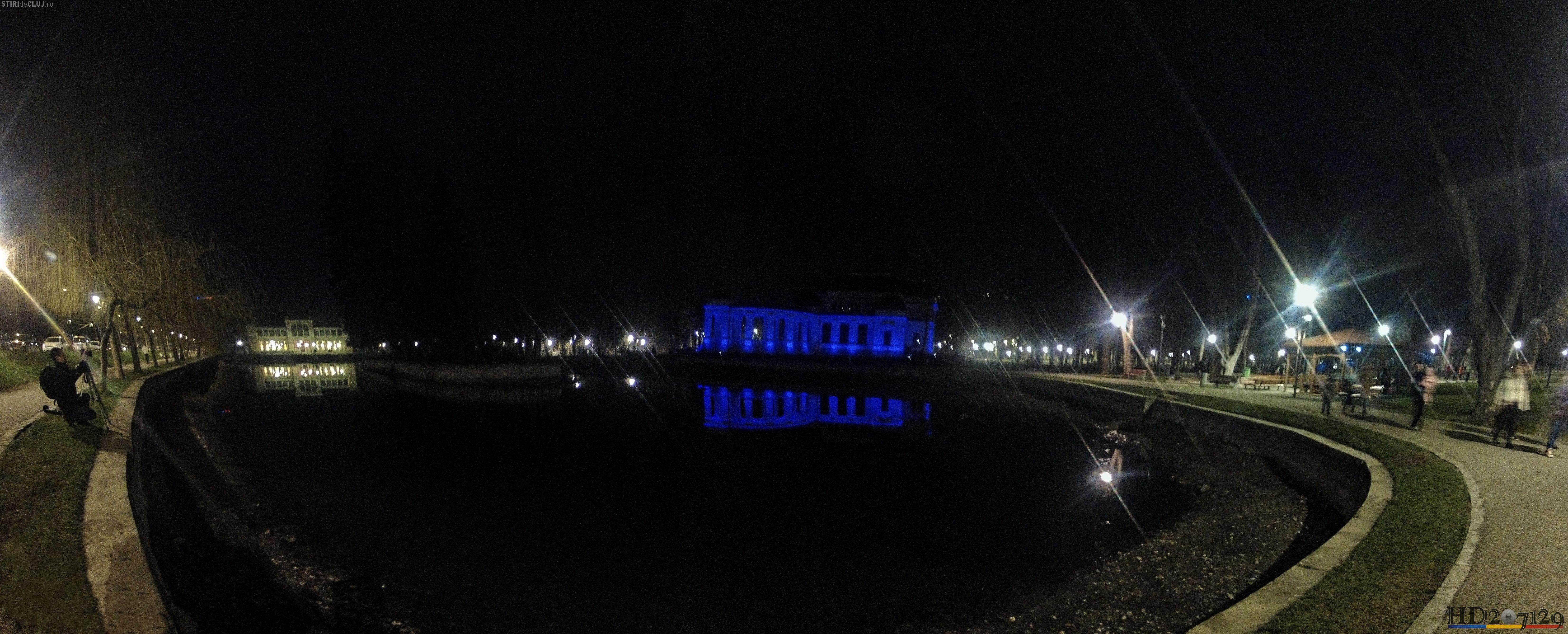 Casinoul luminat în albastru de Ziua Internațională a Autismului - FOTO