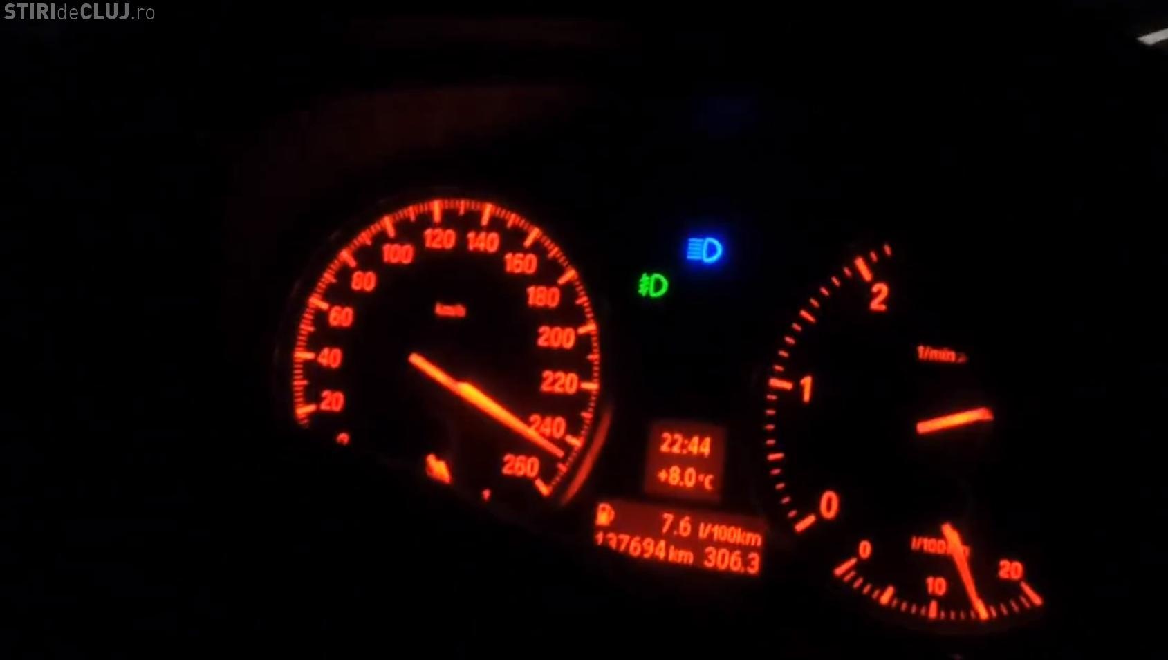 Noaptea, cu 250 km/h pe Autostrada Transilvania de la Câmpia Turzii la Gilău - VIDEO